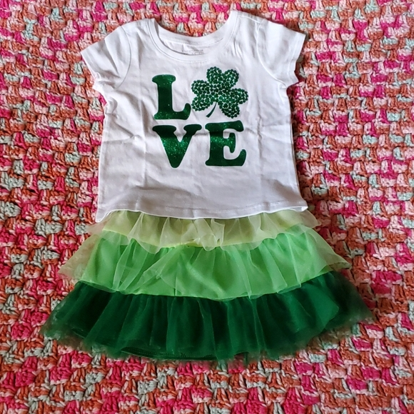 The Children's Place tshirt and tutu skirt.